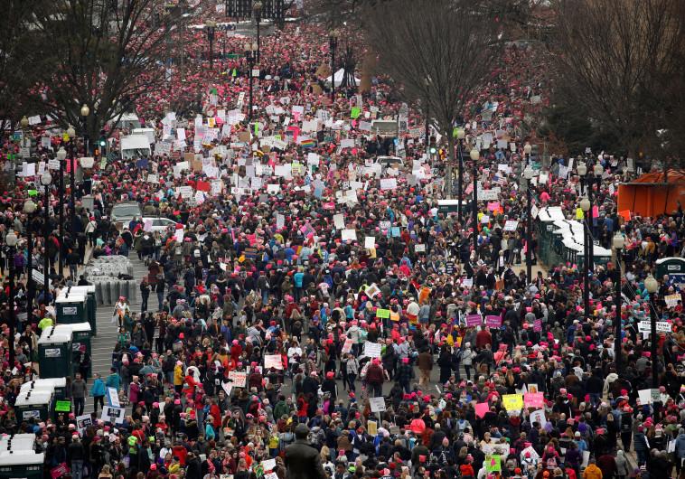 הפגנת נשים נגד טראמפ בוושינגטון