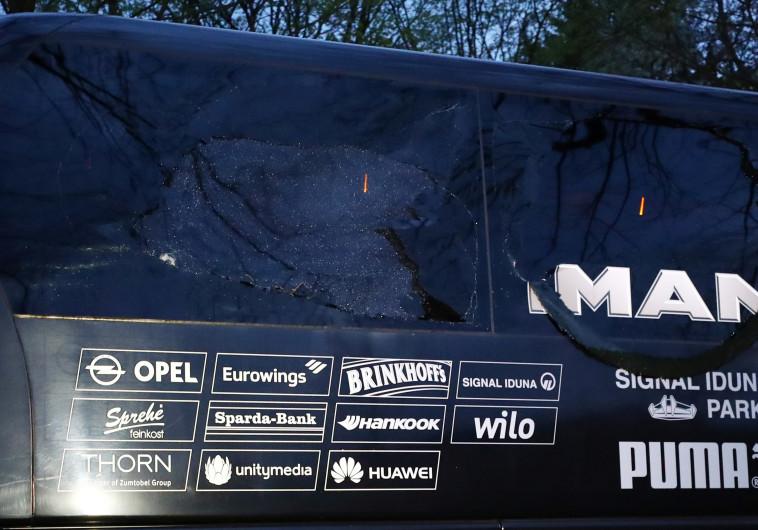 האוטובוס של דורטמונד לאחר הפיצוצים