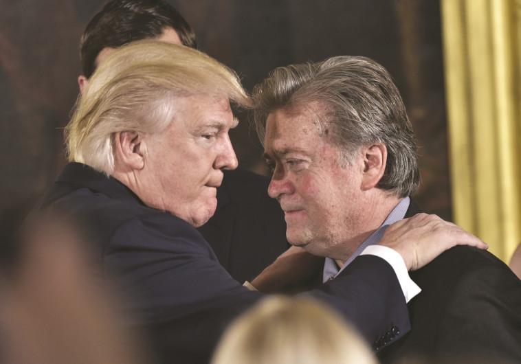 דונלד טראמפ עם סטיב בנון