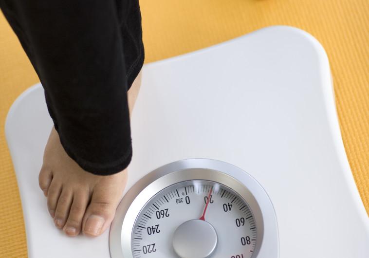 סימנים ברורים: האם דיכאון מוביל בהכרח לירידה במשקל?