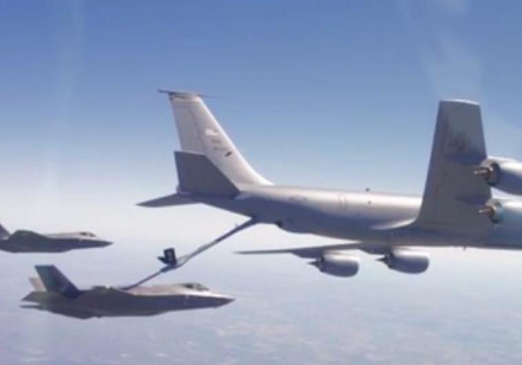 אימון תדלוק אווירי של מטוסי אדיר