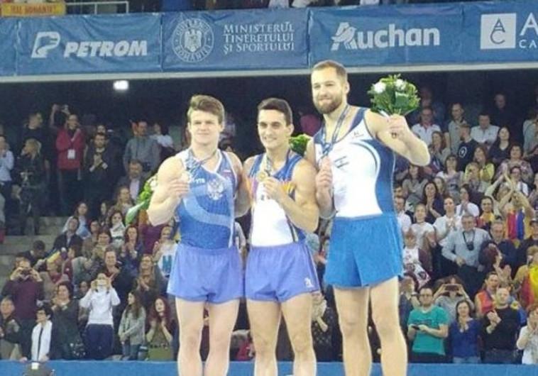 אלכס שטילוב עם מדליית הארד באליפות אירופה