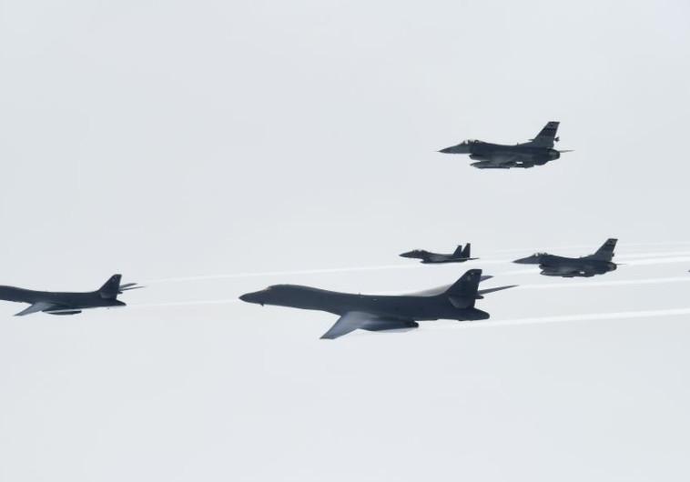מטוסים של ארצות הברית וקוריאה הדרומית בתרגיל צבאי