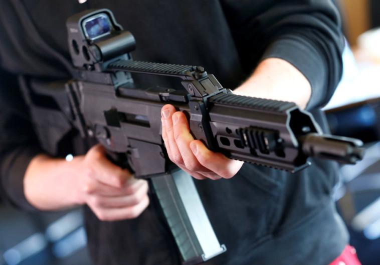 """רובה G36 KA של """"הקלר אנד קוך"""""""