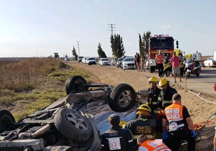 2 צעירים נהרגו ו-3 נפצעו קשה בתאונה קטלנית בדרום