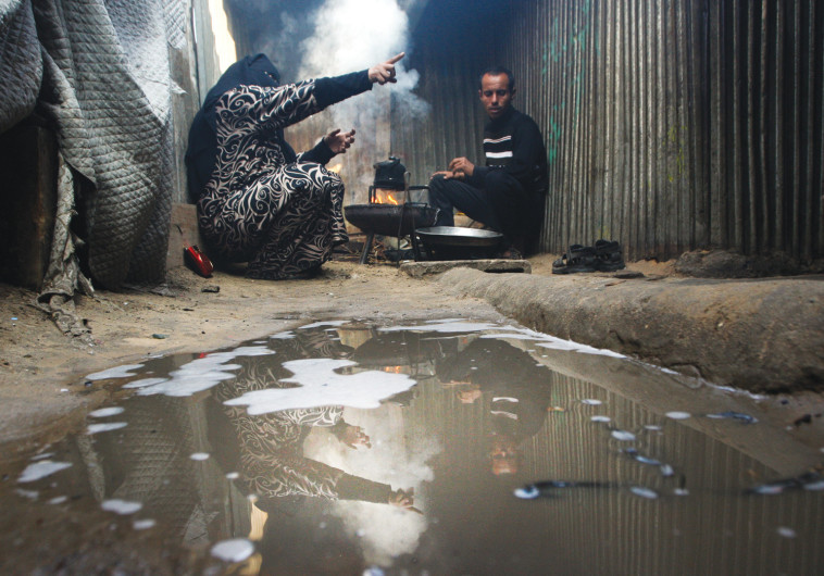סמטה במחנה הפליטים רפיח