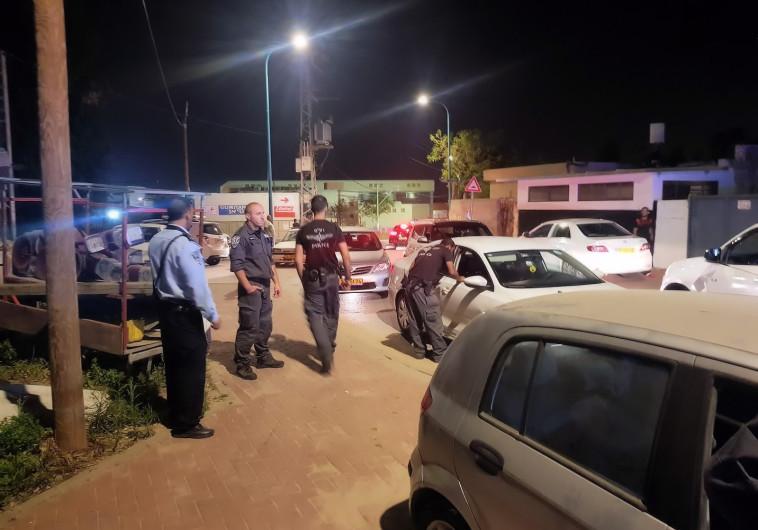 פעילות המשטרה לאחר ירי הזיקוקים בלוד