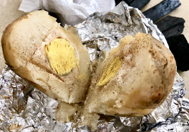 תפוח אדמה עם ביצה