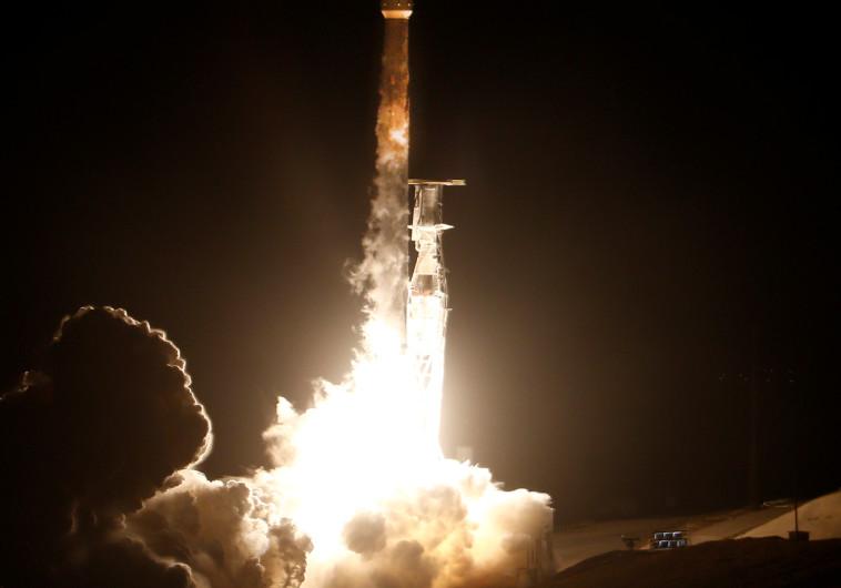 שיגור פלקון 9, ארכיון