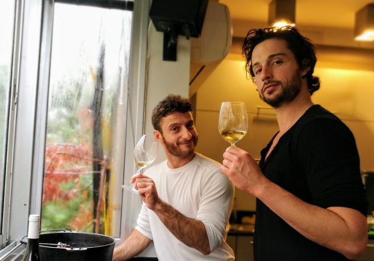 אוכלת, שותה: השפים אודי ברקן ואושר אדלמן