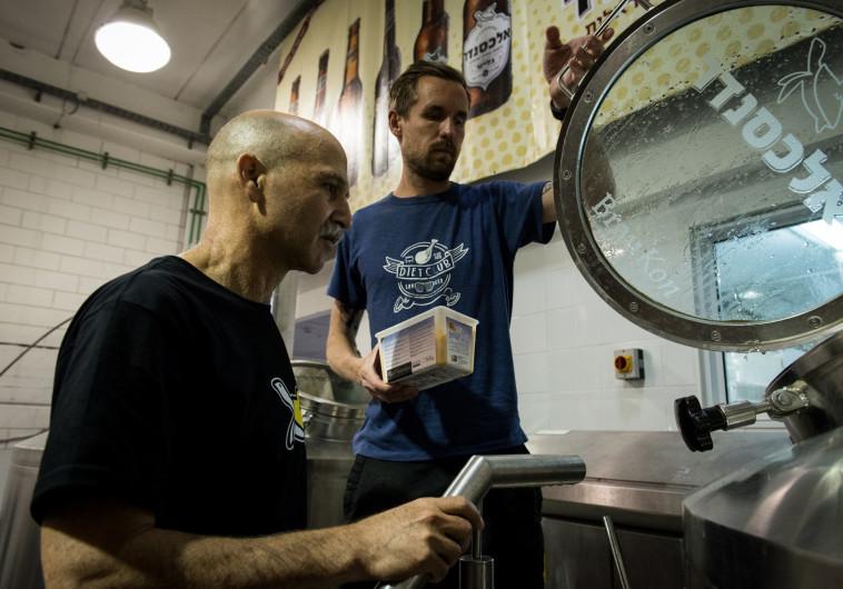 """""""שוק הבירה הישראלי אמנם מתפתח, אבל לאט"""". מבשלת אלכסנדר"""