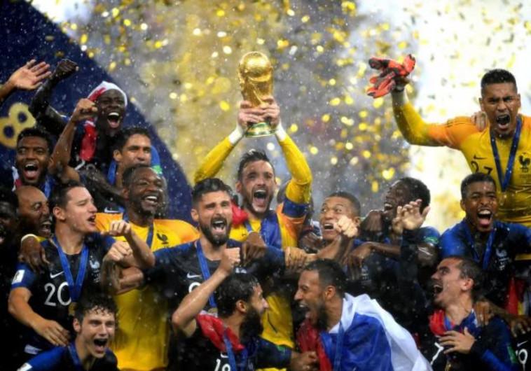 צרפת זוכה בגביע העולם בכדורגל