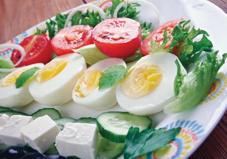 ירקות עם גבינה וביצה