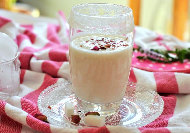 משקה יוגורט לאסי