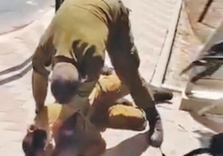 """מג""""ד מרתק לרצפה חייל שברח"""