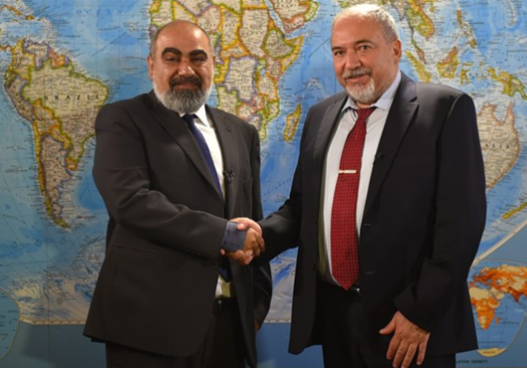 ליברמן עם העיתונאי האיראני מירדמאדי