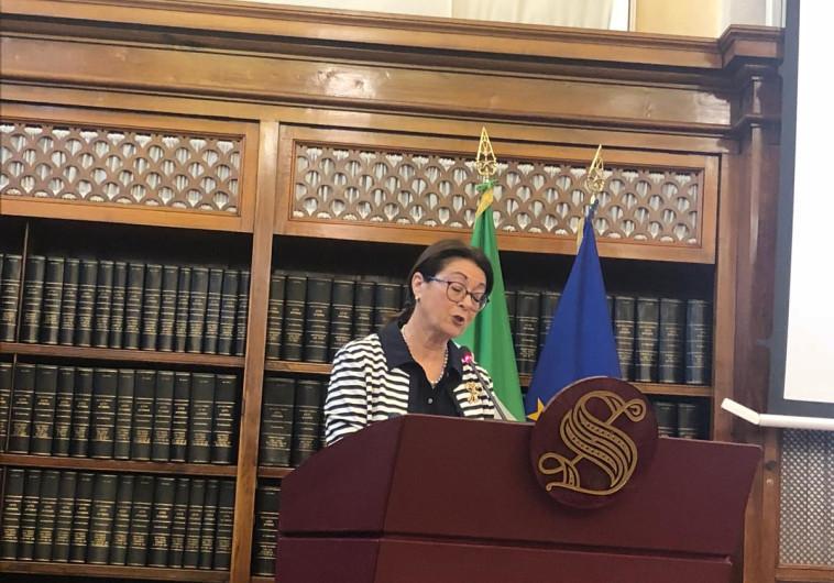 הנשיאה חיות בסנאט האיטלקי