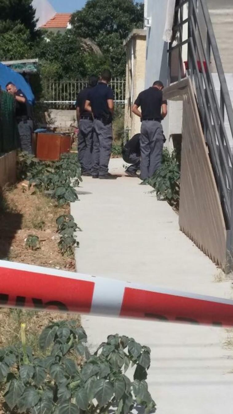 נקודת פגיעת הרקטה בשדרות, צילום: משטרת ישראל