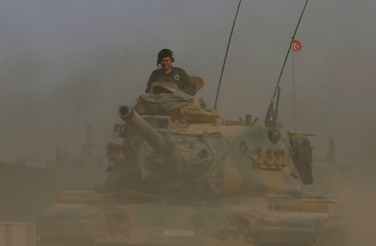 כוחות צבא טורקיה בגבול סוריה. צילום: רויטרס