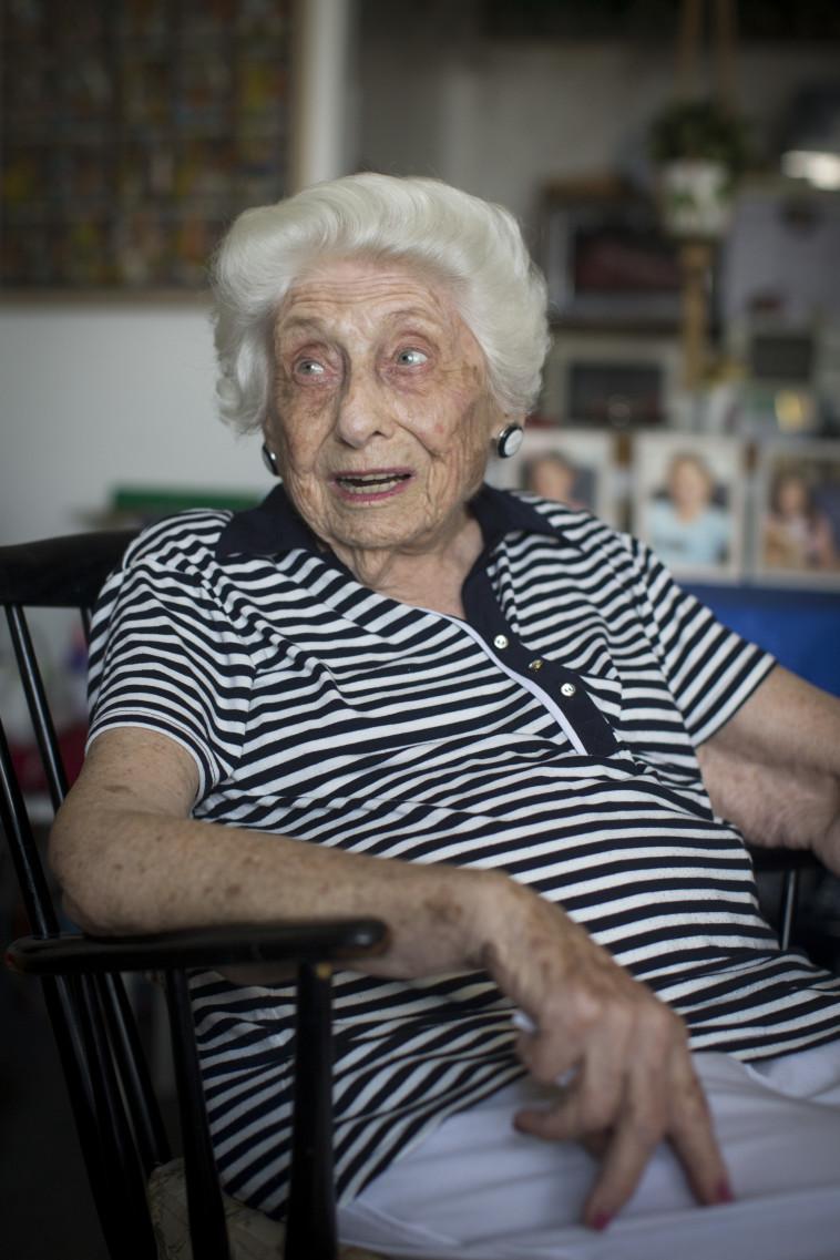 תמר אשל, אחייניתו של פיינברג. צילום: יונתן זינדל, פלאש 90