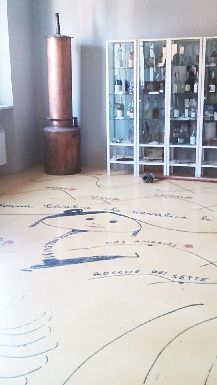 """מוזיאון """"ביתה של האישה הפריזאית"""" בנייבה. צילום: מאיר בלייך"""