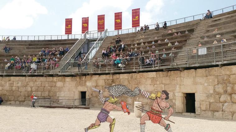 האמפיתאטרון בגן הלאומי בית גוברין. הזדמנות לחזות בשחזור של קרב גלדיאטורים. צילום: אייל מטרני