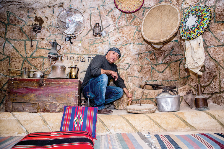 מערה בכפר דריג'את. סיורים מרתקים בליווי סיפורים מימי ראשית ההתיישבות. צילום: סאלי פטל