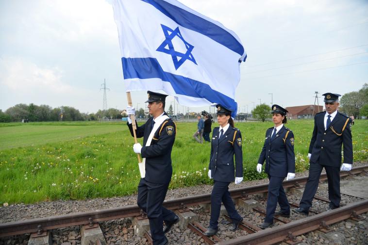 אירועי השואה בפולין: מצעד החיים וכנס חרטה שיזמה אוסטריה