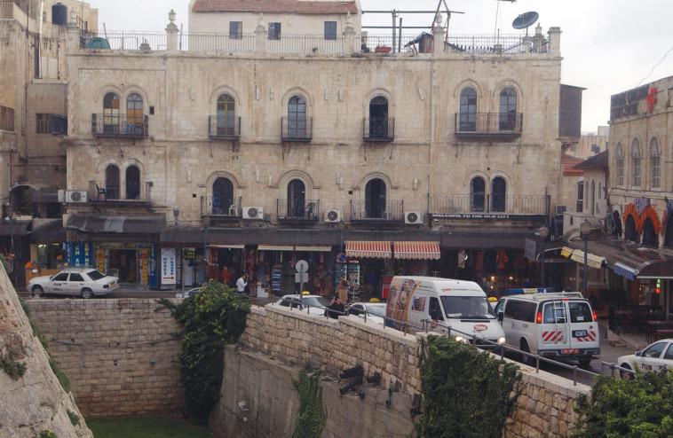 מלון פטרה שנמכר על ידי הכנסייה היוונית אורתודוכסית. צילום: פלאש 90