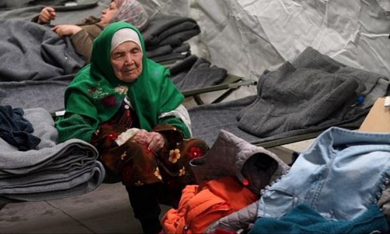 """הפליטה הזקנה בעולם"""" ביביהאל אוזבקי. צילום: דיילי מייל"""""""