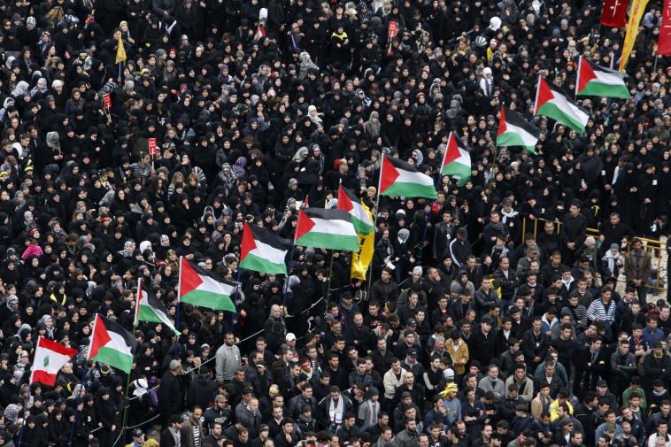 מצעד תומכי חיזבאללה בלבנון. צילום: רויטרס