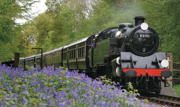 רכבת קיטור בבלובל רילווי , תחנת בלוביי, אנגליה. צילום: רויטרס