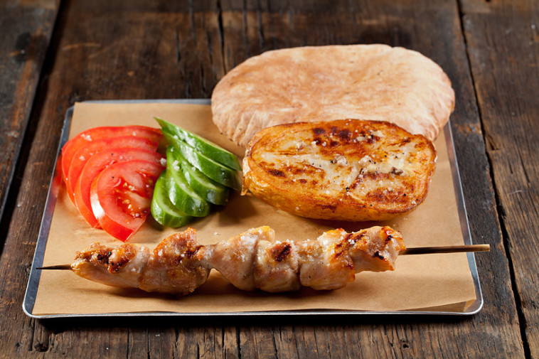 """עראיס"""" מסעדת בשר שרונה מרקט תל אביב . צילום: בועז לביא"""""""