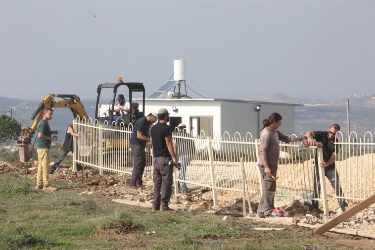 חוות גלעד, צילום: מרק ישראל סלם