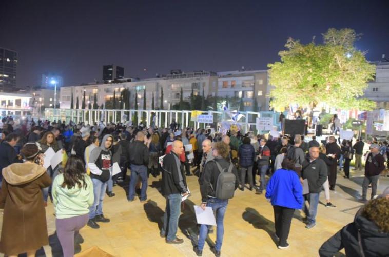 """ההפגנה בת""""א הערב. צילום: אבשלום ששוני"""