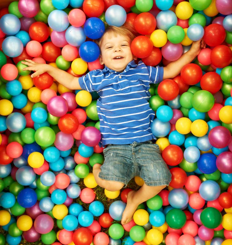 ילד משחק בג'ימבורי, אילוסטרציה. צילום: אינג אימג'