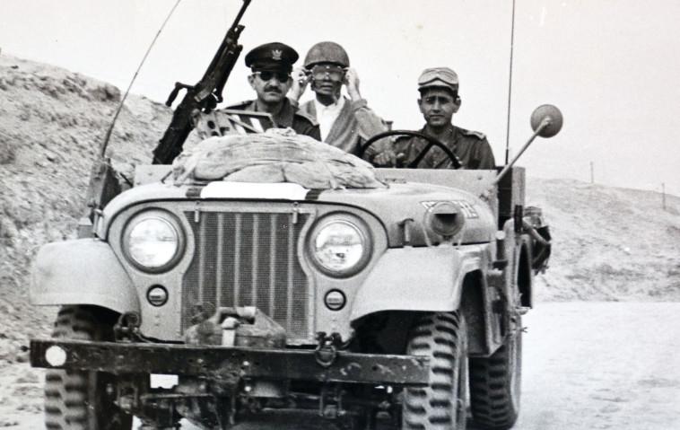 יהודה דובדבני עם עזר וייצמן. צילום: אריאל בשור