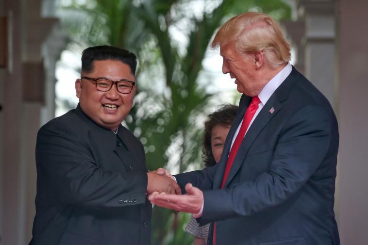 """הפגישה כבר """"נטחנת"""". טראמפ וקים. צילום: AFP"""