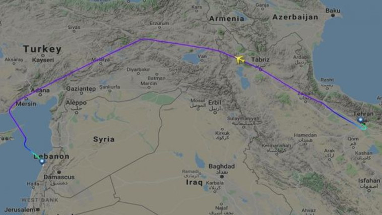נתיב הטיסה החשודה השנייה מטהרן לביירות. צילום: flightradar24, google maps