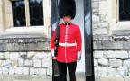חילופי המשמרות, ארמון בקינגהאם