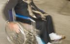 נערה על כיסא גלגלים, ארכיון