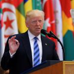 דונלד טראמפ נואם בערב הסעודית