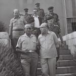 משה דיין ולוי אשכול מגיעים לגדה המערבית לאחר כיבושה