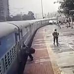 גבר נגרר בידי רכבת בהודו
