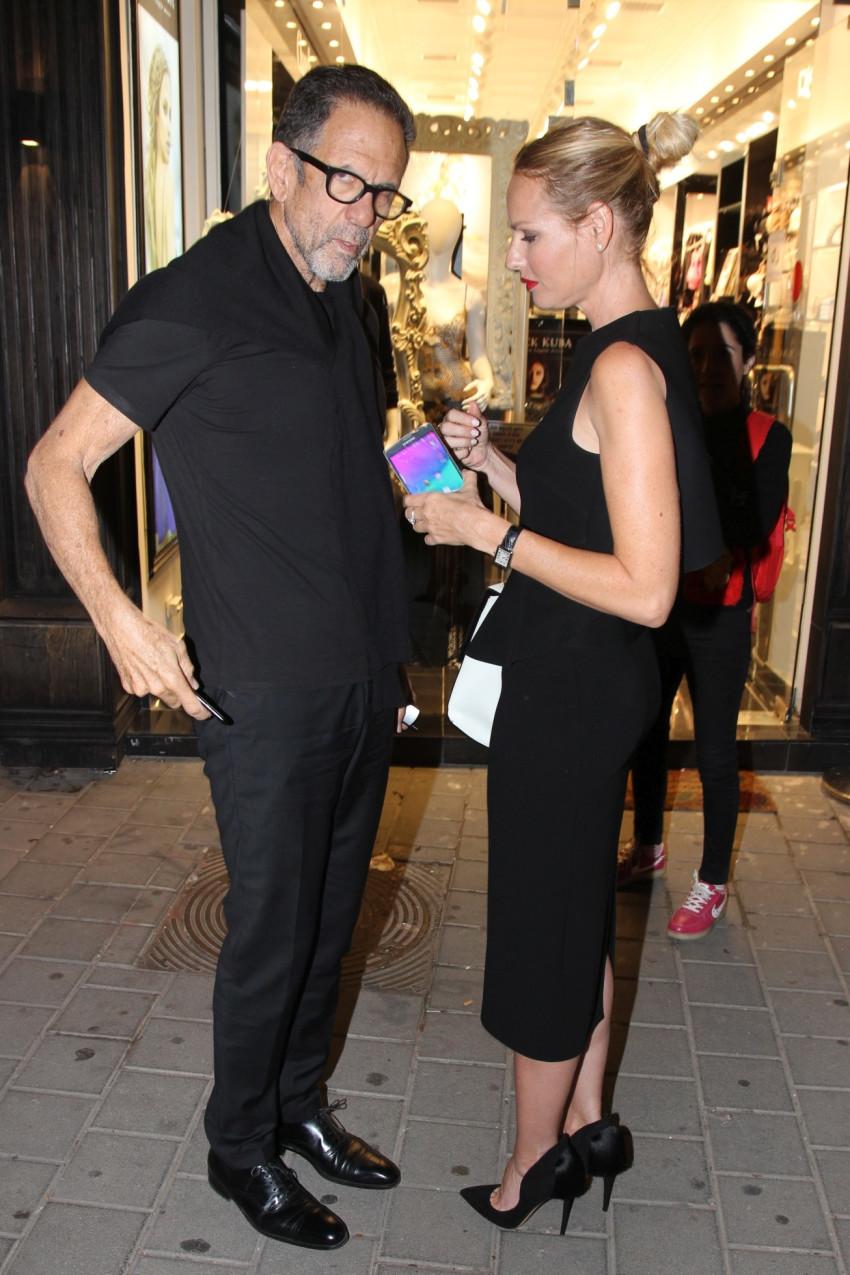 """""""יגאל, אולי תקנה לי שמלה?"""". גוטמן עם אהובה"""
