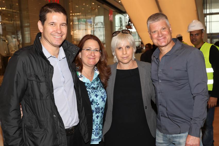 ארנון תורן, עדי קרום, דנה עזריאלי ויובל בורנשטיין (צילום: רפי דלויה)