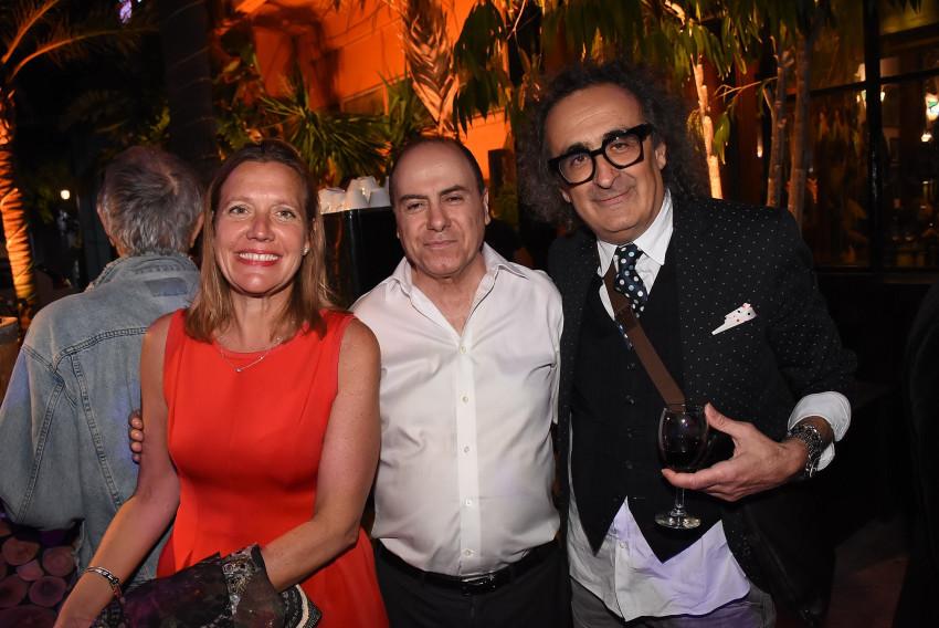 יגאל עוזרי, סילבן שלום וג׳ניפר סמית׳ (צילום: אביב חופי)