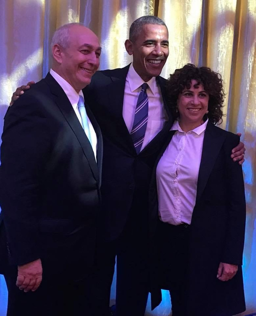 גילה פרס, ברק אובמה וחמי פרס (צילום: פייסבוק)