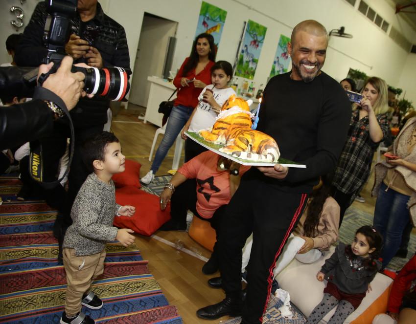 הורה אחר, אותה עוגה. יאן ואייל גולן (צילום:, אלוני מור)