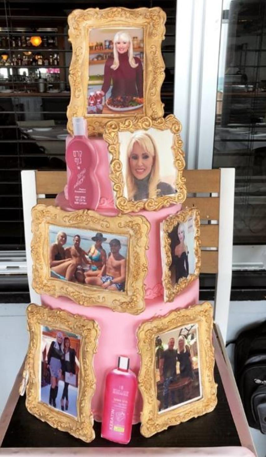 ה- עוגה